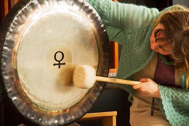 One to One Gong Bath , online one to one sound and voicehealing sessions